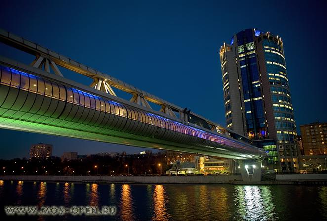 Торгово-пешеходный мост Багратион