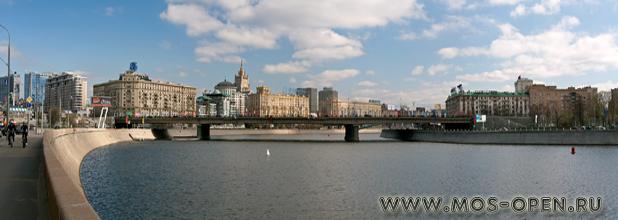 Новоарбатский или Калининский мост