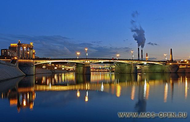 Бородинский мост в Москве